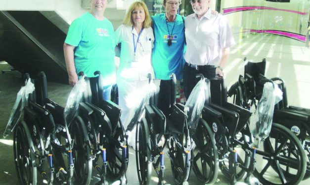 HELP makes donation to Los Arcos Hospital
