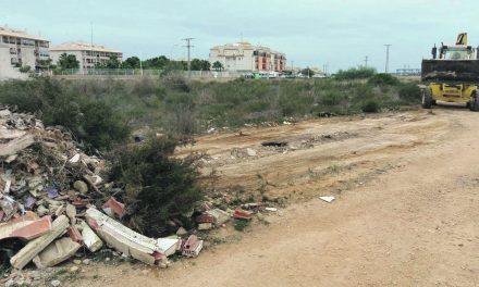 Environment Department removes Orihuela Costa rubbish dump