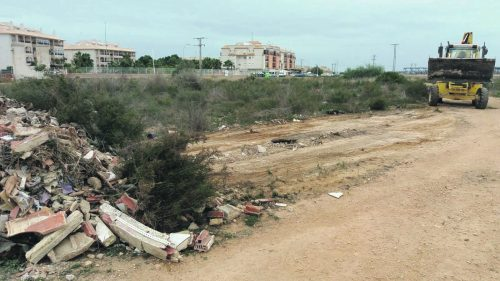 Environment Department removes Orihuela Costa rubbish dump
