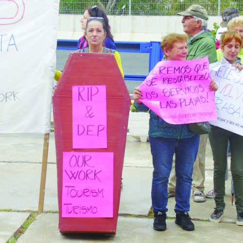 Beach bar protest as summer service remains uncertain