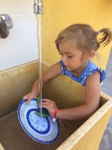 Rotary Club helps Ukrainian children