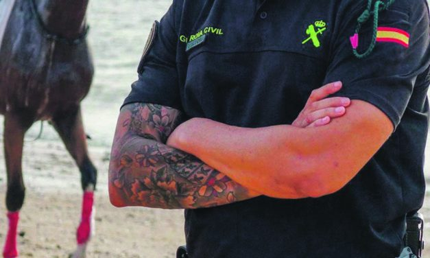 Should the Guardia Civil have tattoos?