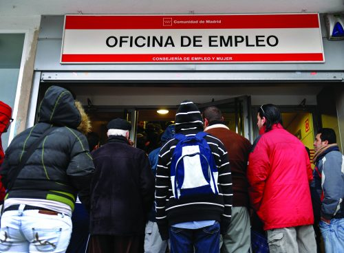 Unemployment falls in Spain