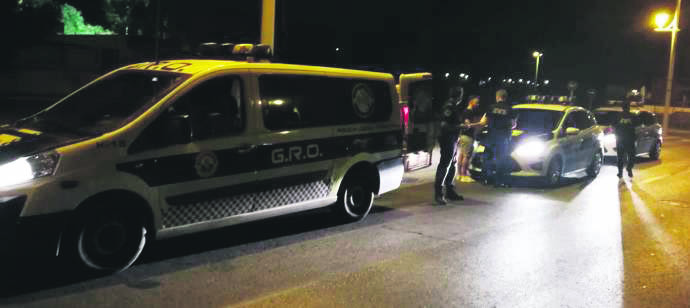 Police shoot at stolen car in Torrevieja